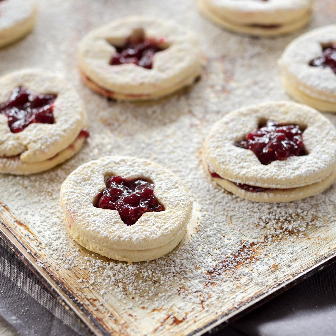 Leichte Plätzchen Rezepte Weihnachten.Süße Spitzbuben Plätzchen Mit Marmelade