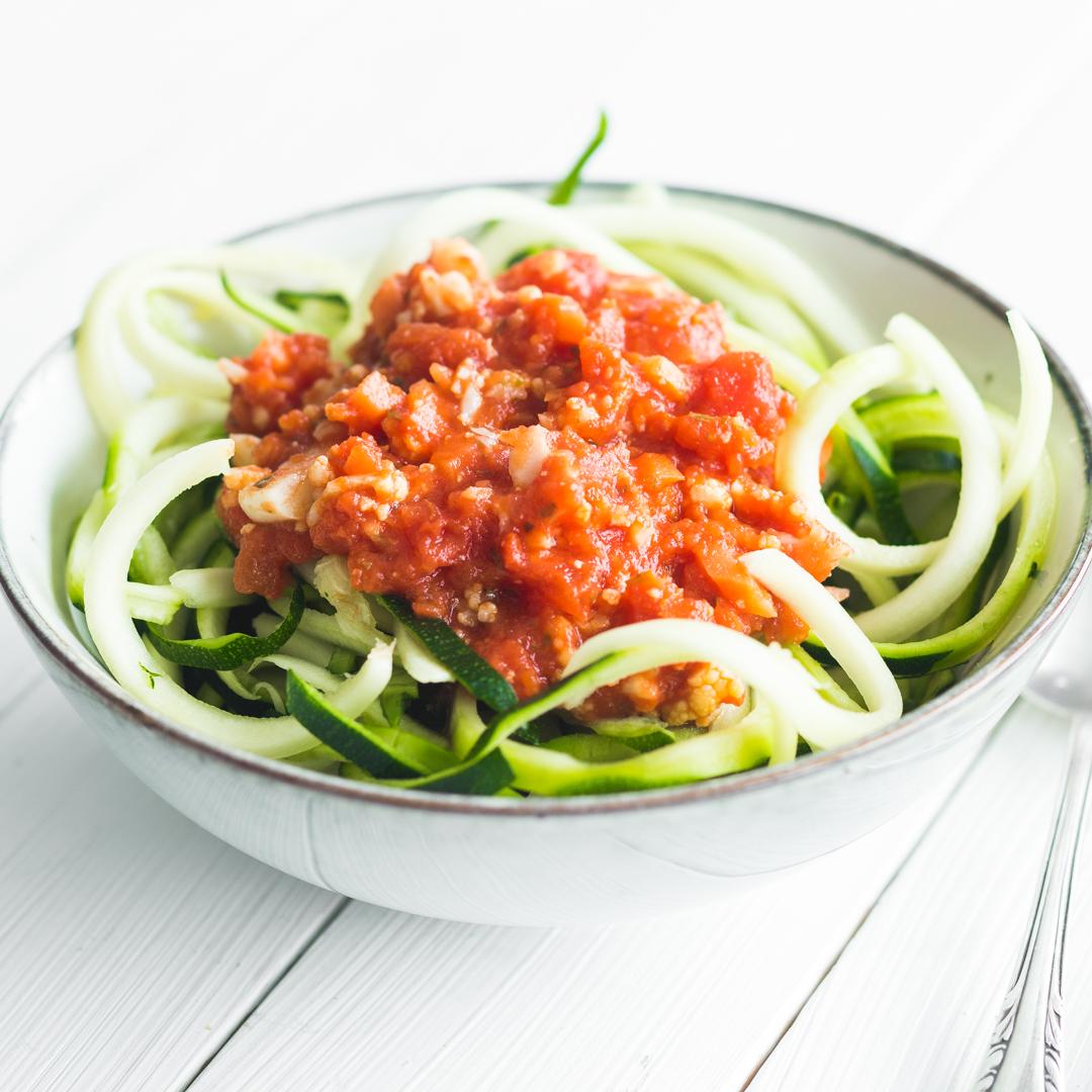 14 schnelle und gesunde Zucchini-Spaghetti-Rezepte
