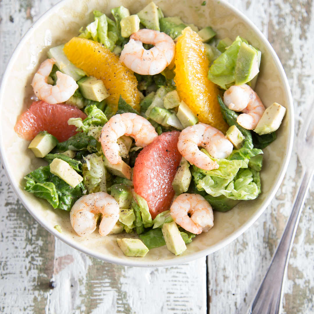 spritziger avocado orangen salat mit w rzigen shrimps. Black Bedroom Furniture Sets. Home Design Ideas