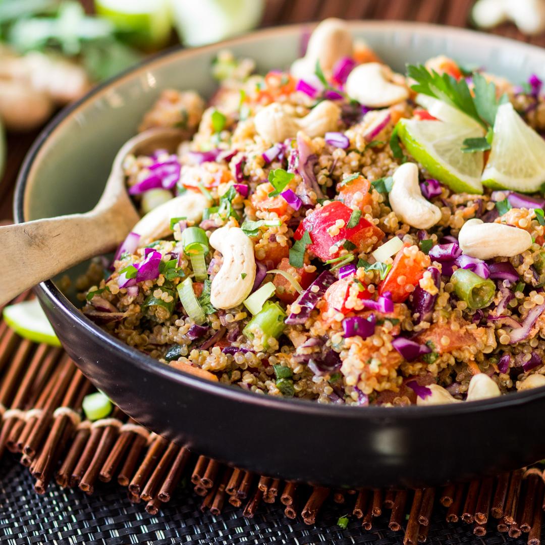 thai salat mit gebratenem thunfisch rezepte suchen. Black Bedroom Furniture Sets. Home Design Ideas