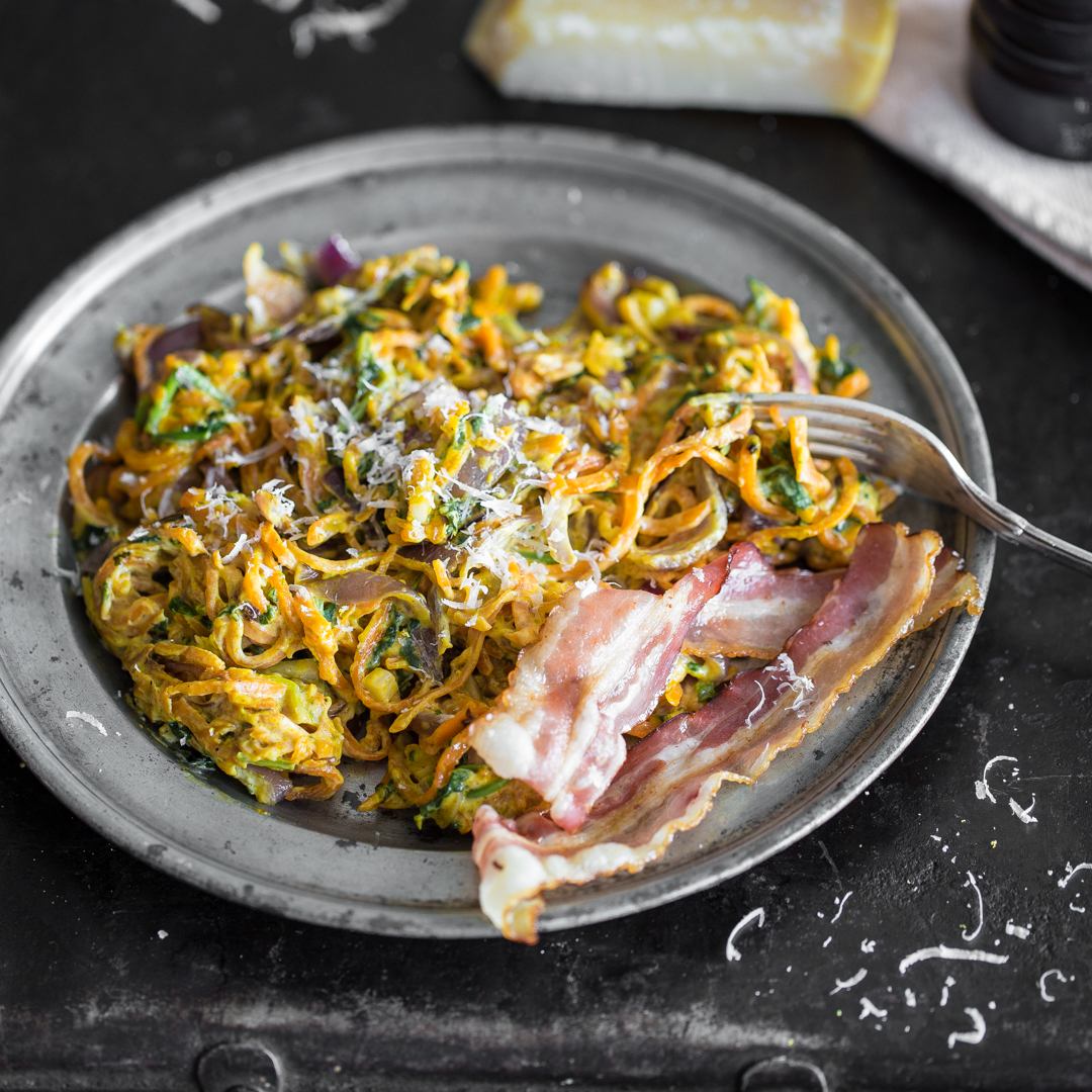 cremige k rbisspaghetti mit bacon und spinat. Black Bedroom Furniture Sets. Home Design Ideas