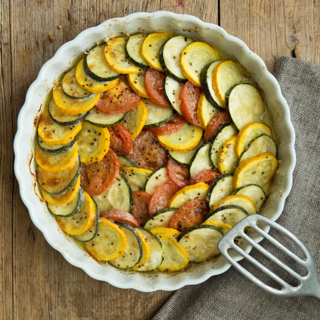 Bunter zucchini auflauf mit tomaten und parmesan for Meilleur apprenti de france cuisine