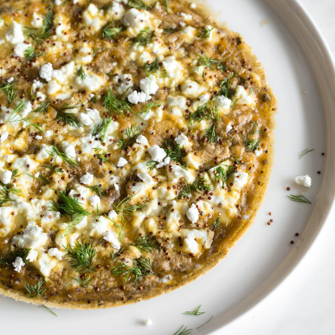 Schnell und low carb quinoa dill omelett mit feta for Kochtipps schnell