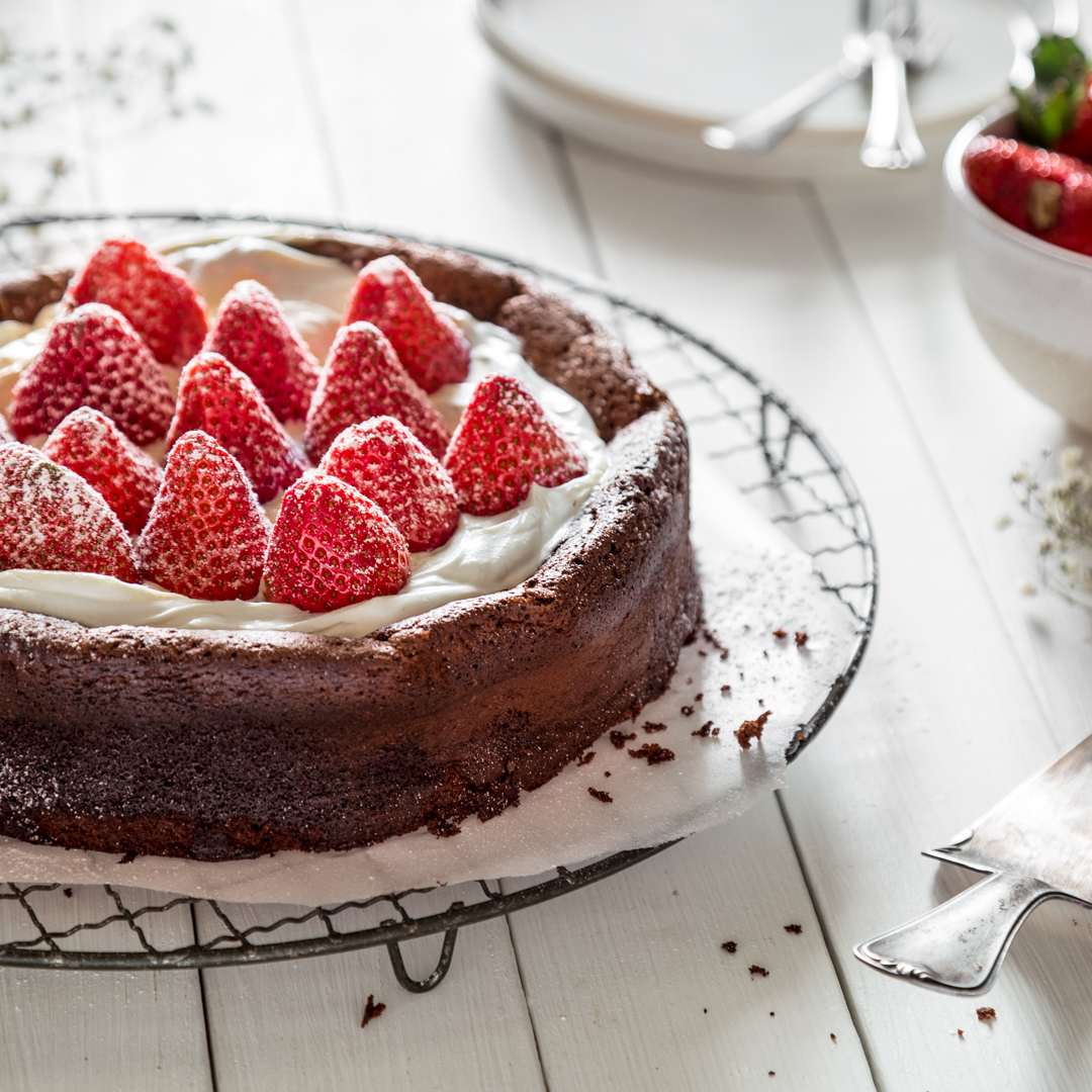 Locker Ohne Mehl Schokoladenkuchen Mit Erdbeeren