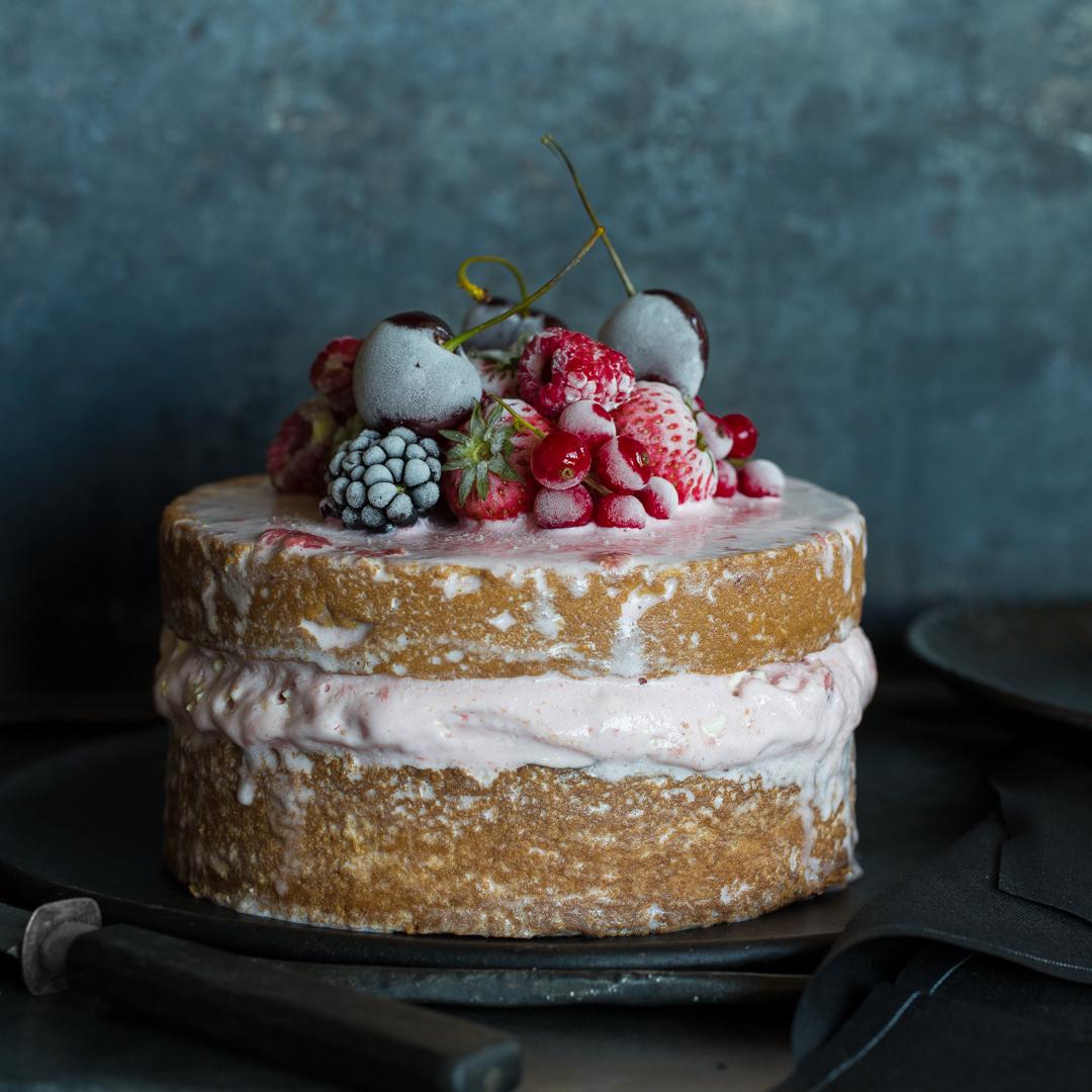 Naked Ice Cream Cake Mit Erdbeereis