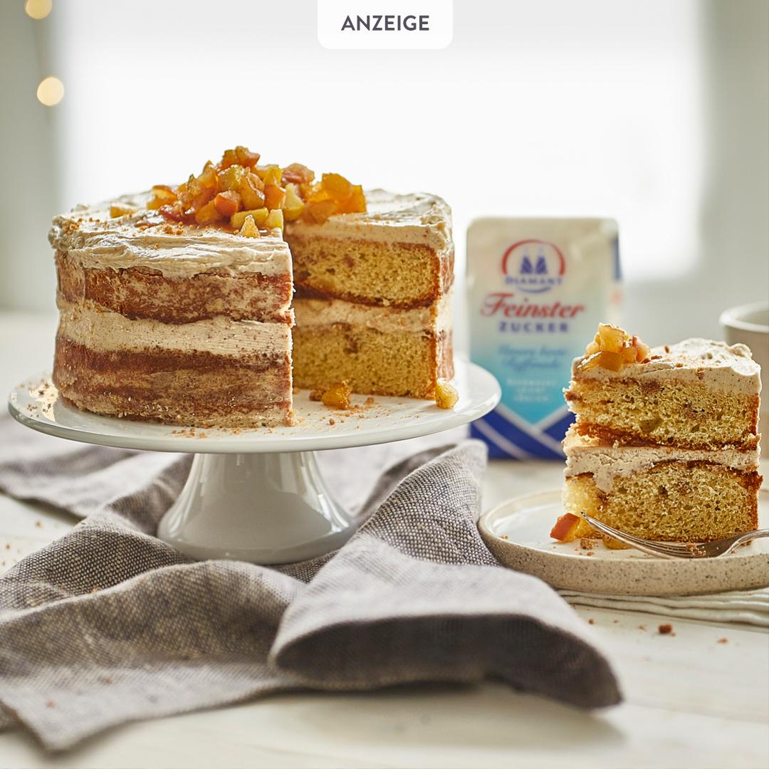 Spekulatius Torte Mit Frischkase Frosting Und Karamellisiertem Apfel