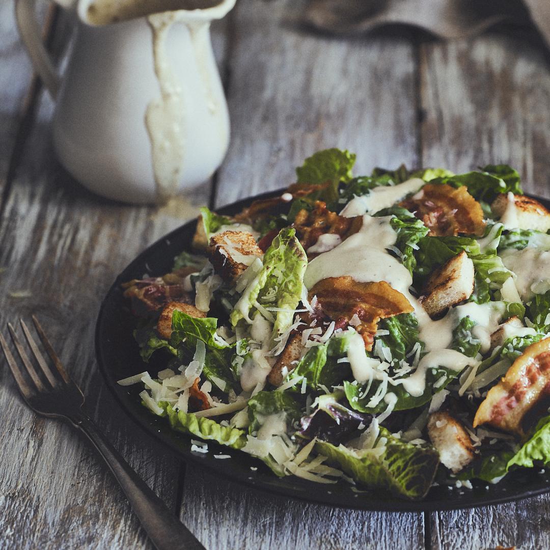Caesar Salad mit Bacon