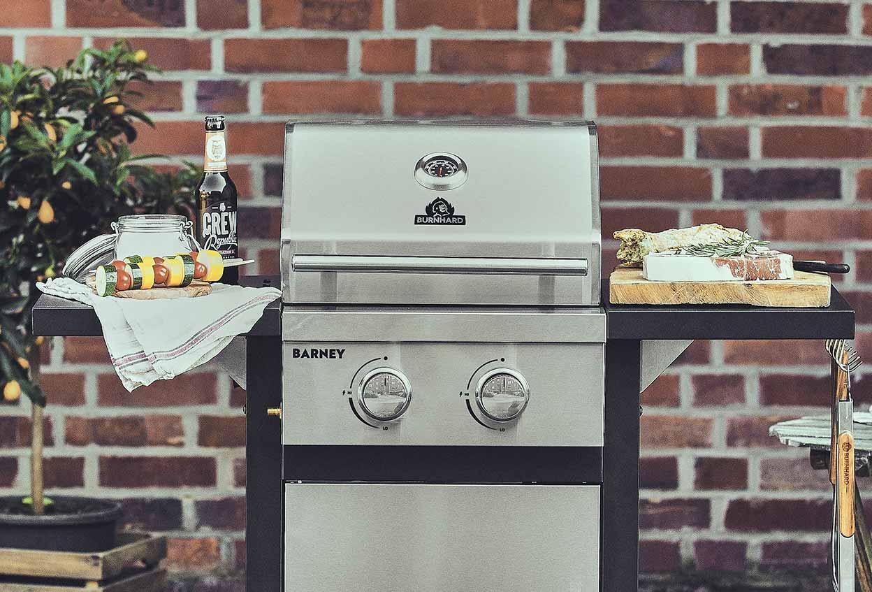 Test Gasgrill Barney Von Burnhard : Barney u brenner gasgrill gasgrills grills produkte